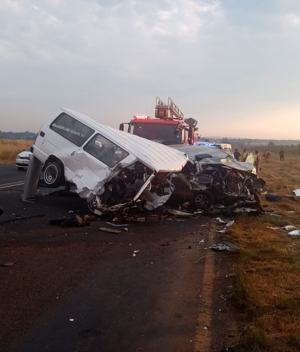 Ten killed, several injured in head-on collision in Eldorado Park